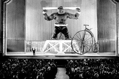 Monkey Stunt